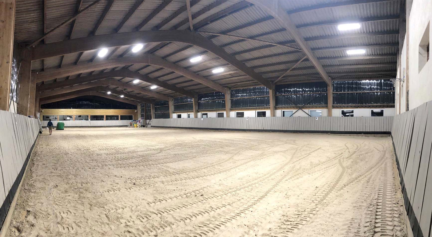 Magnanville equestrian center lighted by PROXIMAL