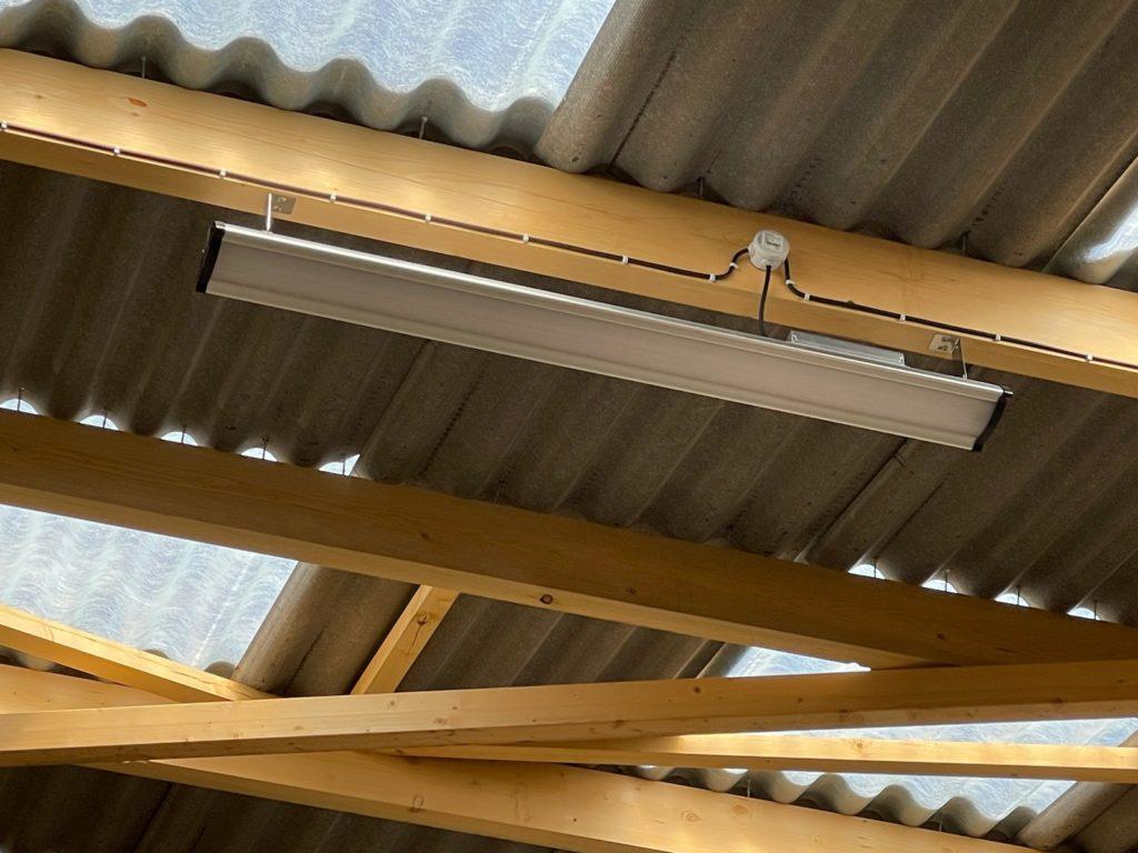 Luminaire LED PROXI-ARENA-LN au design épuré, simple et rapide à installer - PROXIMAL